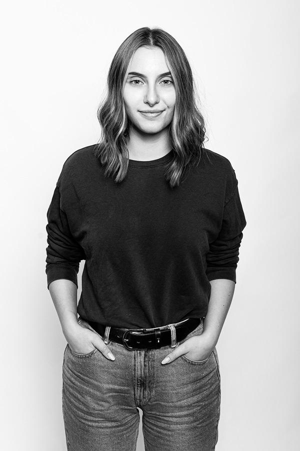 Schwarz Weiß Portrait Anna Fleischmann